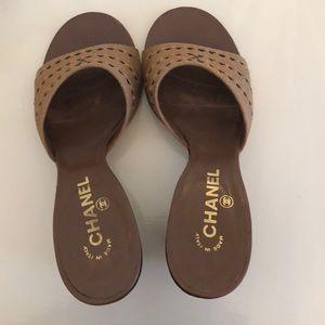 Chanel beige tan black open toe wedgies